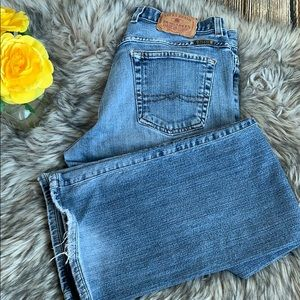 Lucky Brand Distressed Jeans sz 6